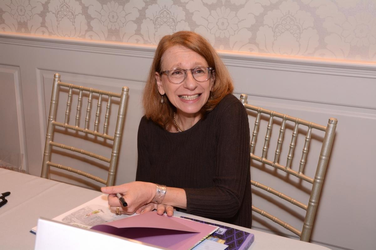 27-Roz Chast signing books